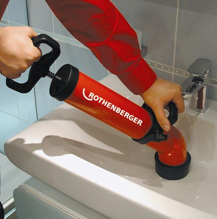 Как прочистить засор в трубе на кухне